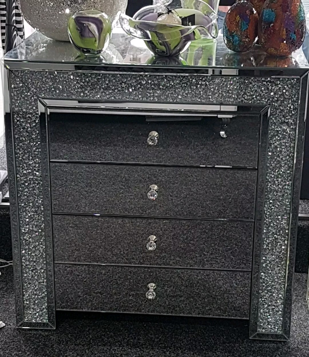 reputable site 940ba c4c94 Diamond Crushed Crystal, Mirrored, 4 Drawer Wide Chest